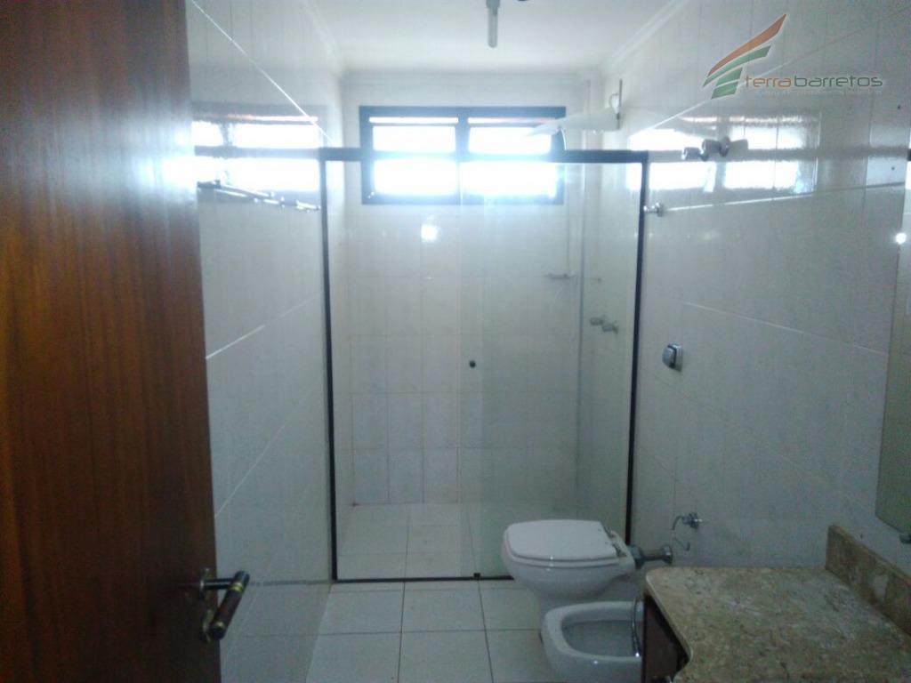apartamento em localização privilegiada, contendo 3 dormitórios sendo 1 suíte, sala, copa, cozinha com armários planejados,...