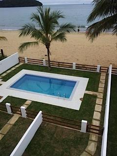Casa em Garatucaia  -  Angra dos Reis - RJ
