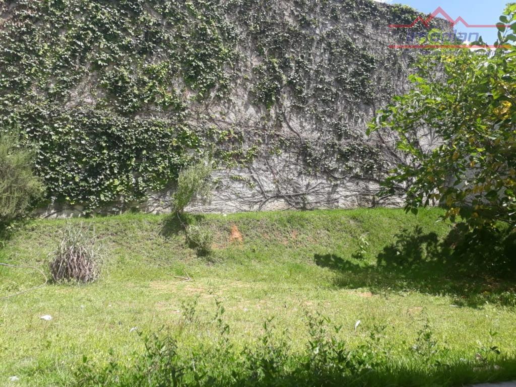 linda casa no jardim maristela, bairro residencial próximo a alameda lucas nogueira garcez e seus comércios,...