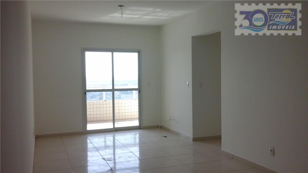 Amplo  apartamento de 3 dorms.e 1 suíte, 2 vagas demarcadas, sacada gourmet,excelente localização na Guilhermina/PG