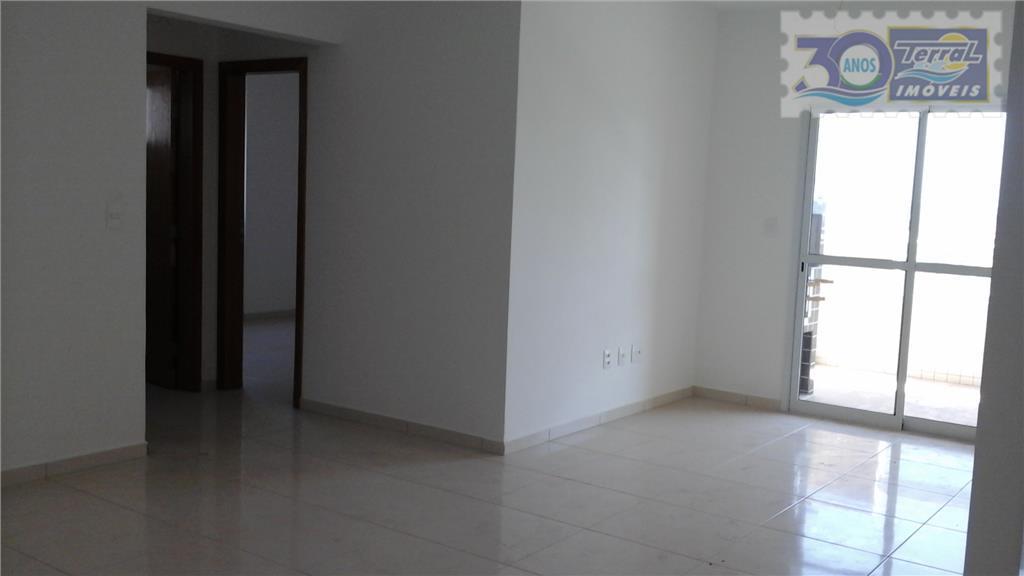 Amplo apartamento de 2 dorms., 1 suíte, sacada gourmet integrada c/cozinha, uma vaga de garagem bem localizado na Guilhermina/PG