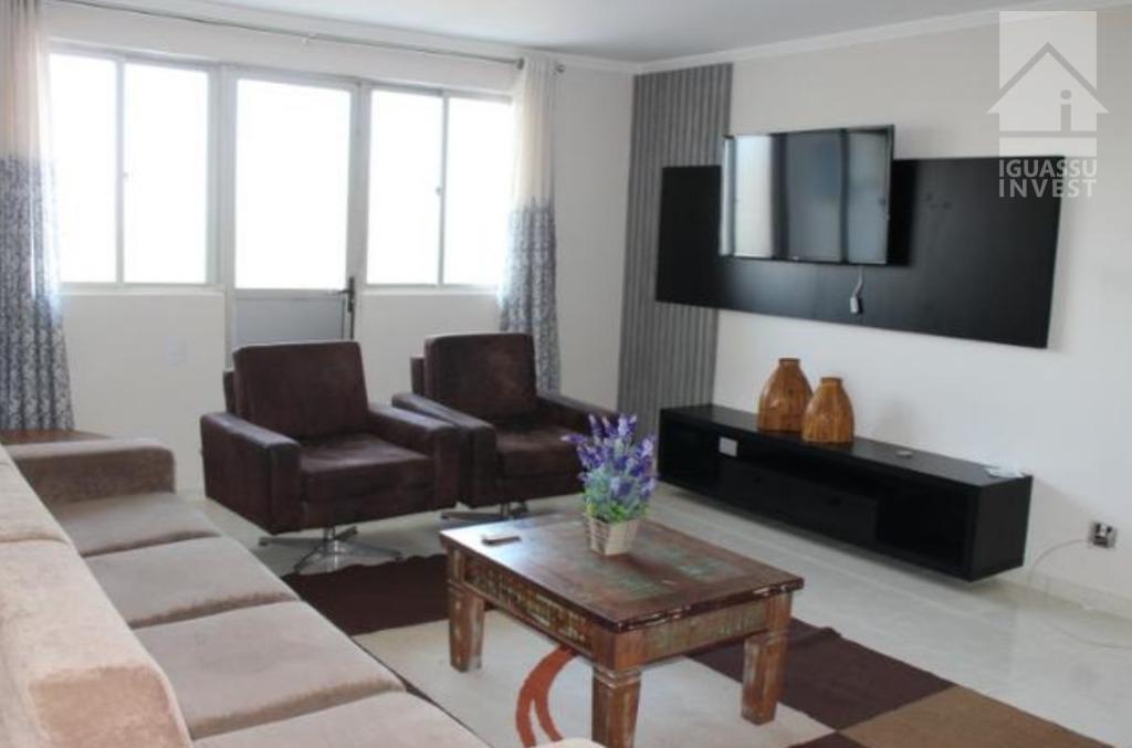 Apartamento com 3 dormitórios para alugar, 130 m² por R$ 2.800/mês - Centro - Foz do Iguaçu/PR