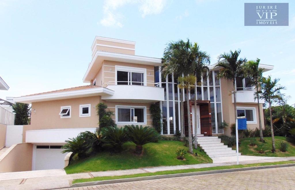 Casa à venda em Jurerê Internacional no Parque Amoraeville
