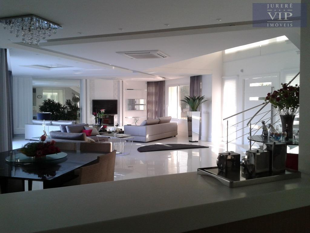 Belíssima Casa em Jurerê Internacional - 50 mts do mar!!!!