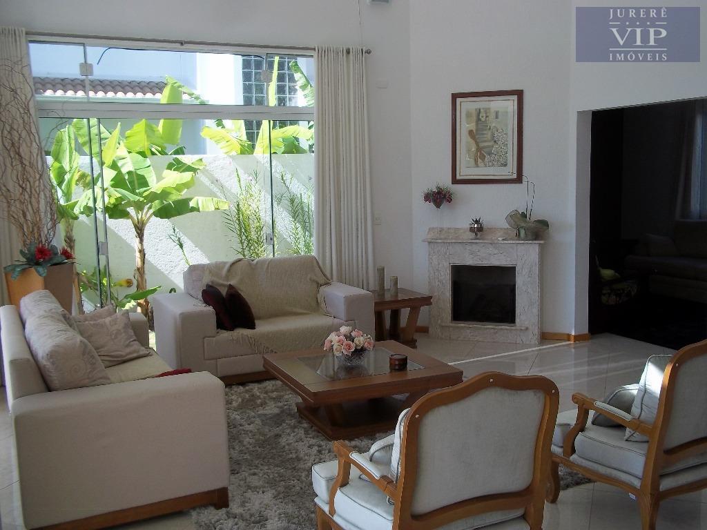 Casa a Venda em Jurerê Internacional, Florianópolis - CA0203.