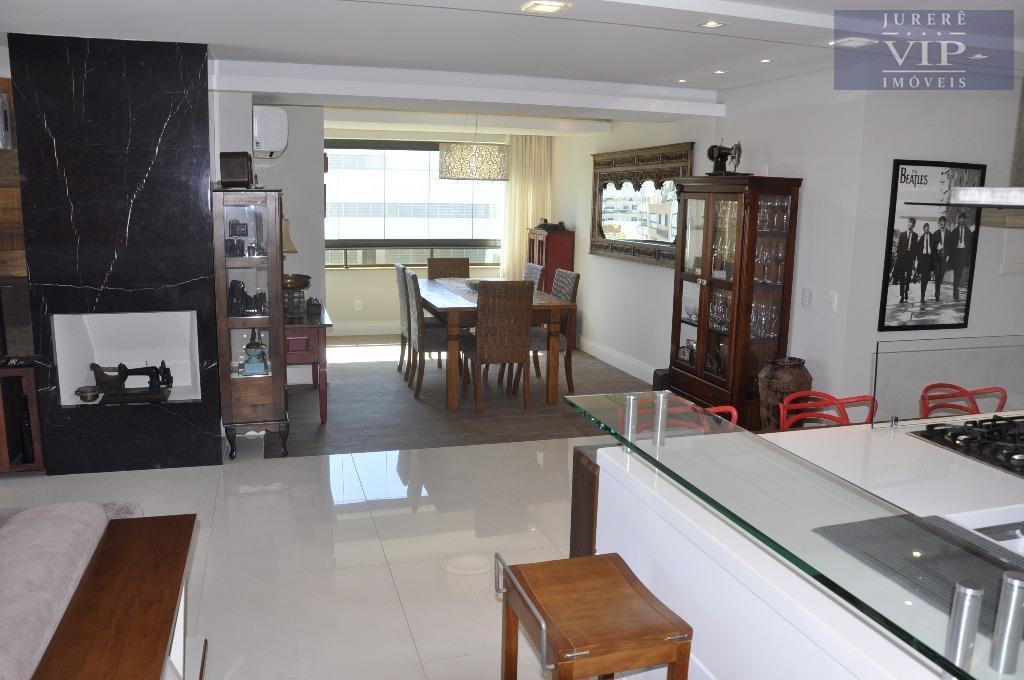 mansão suspensa em jurerê internacional, localizada em uma das melhores praias do sul do brasil. localizada...