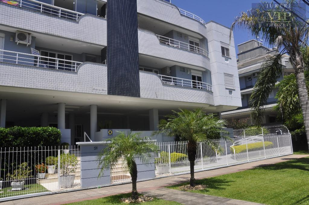Apto de 3 dormitórios (1 suíte) e 2 vagas de garagem  em Jurerê