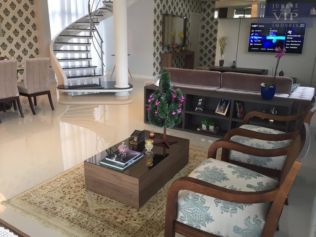 linda casa nova e de alto padrao em jurerêexcelente casa finamente mobiliada com 350,00m² de área...