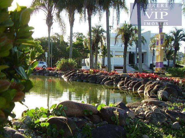 Terreno à venda em Jurerê Internacional no Parque Amoraeville