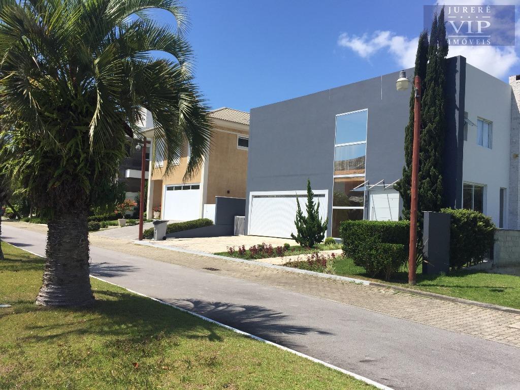 Casa à venda em Condomínio Fechado em Jurerê