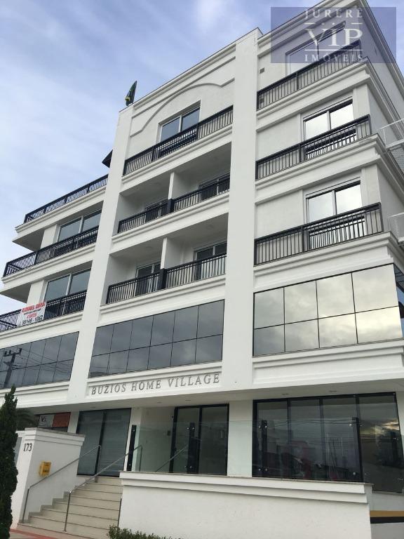 Apartamento com 4 suítes à venda, 200 m do mar de Jurerê Internacional