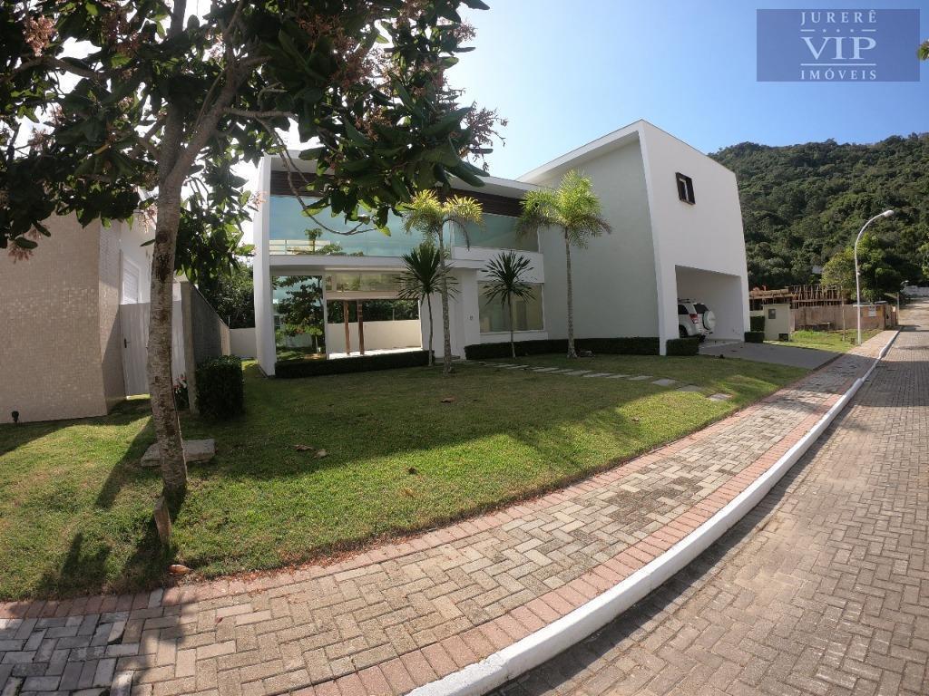 Casa nova à venda em Condomínio Fechado