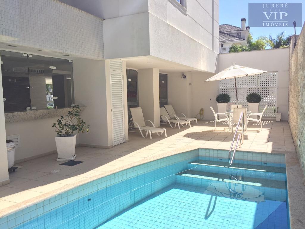 oportunidade!! amplo apartamento frente norte, na avenida dos dourados na praia de jurerê internacional.o apartamento possui...