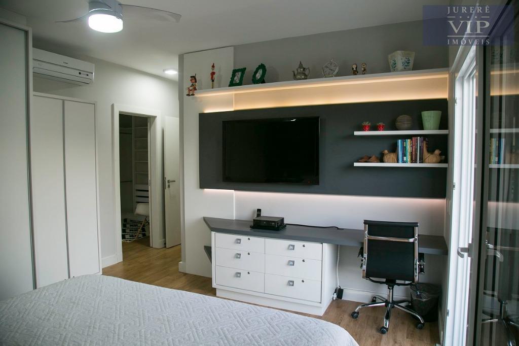 ótima residência no amoraeville em jurerê internacional! casa com 4 suítes, sendo 1 suíte master com...