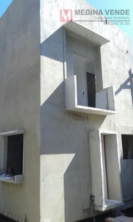excelente casa duplex, com 02 quartos, sala, cozinha, 02 banheiros, área de serviço, cisterna e 01...