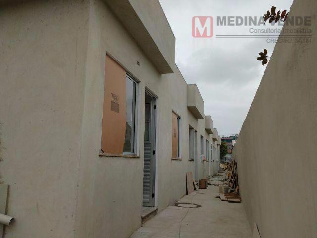 Casa residencial à venda, Laranjal, São Gonçalo - CA0197.