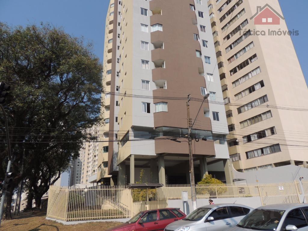 Excelente localização no Água Verde/Portão-  Rua Eng. Niepce da Silva, 310