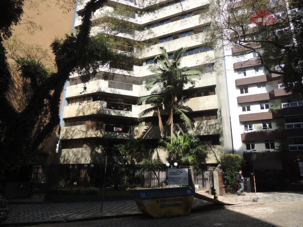 AMPLO AMPARTAMENTO- Rua Estevão Bayão , 226