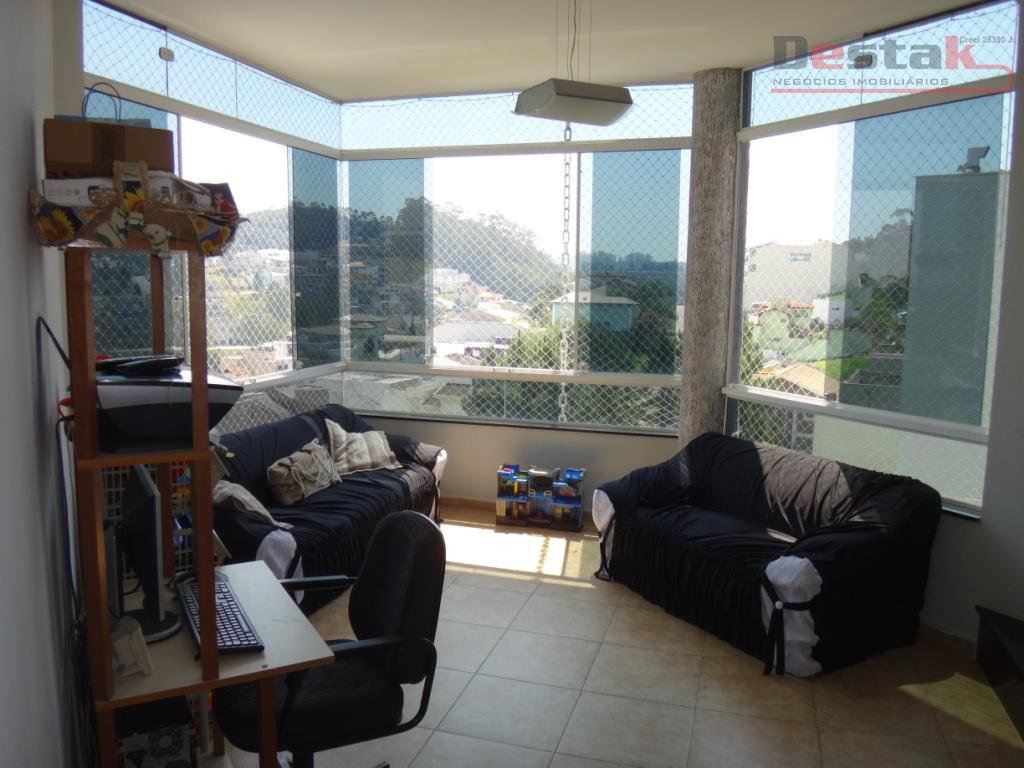 Sobrado, 4 suites, Swiss Park, SBC.