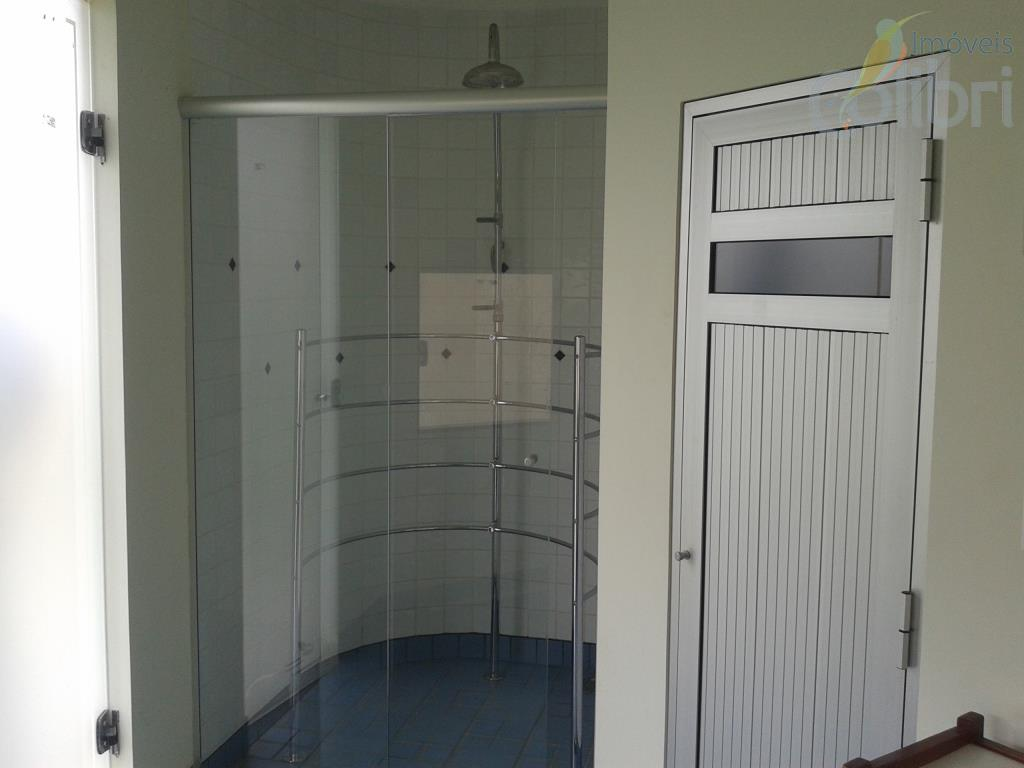 nova, finíssimo acabamento5 dormitórios sendo 4 suítesriquíssima em armáriosliving 3 ambienteslavaboescritóriocozinha planejadaárea de serviçovaranda para churrascopiscinavestiáriosaunasuíte...