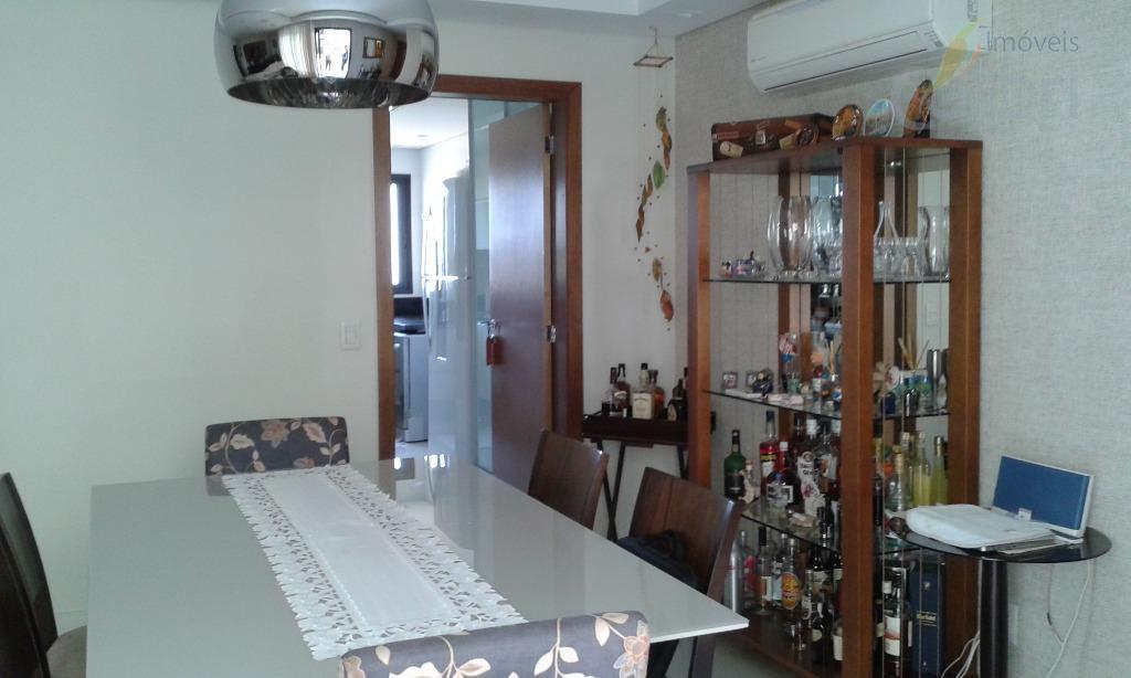 uma graça de apartamento!sala com uma ampla sacada,lavabo,3 suítes, uma com closet,completíssimo em armários,acabamento diferenciado,copa, cozinha,...