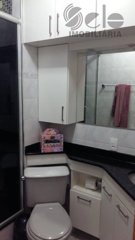 lindo apartamento pronto para morar com 2 dormitórios, rico em armários, sala 2 ambientes cozinha e...