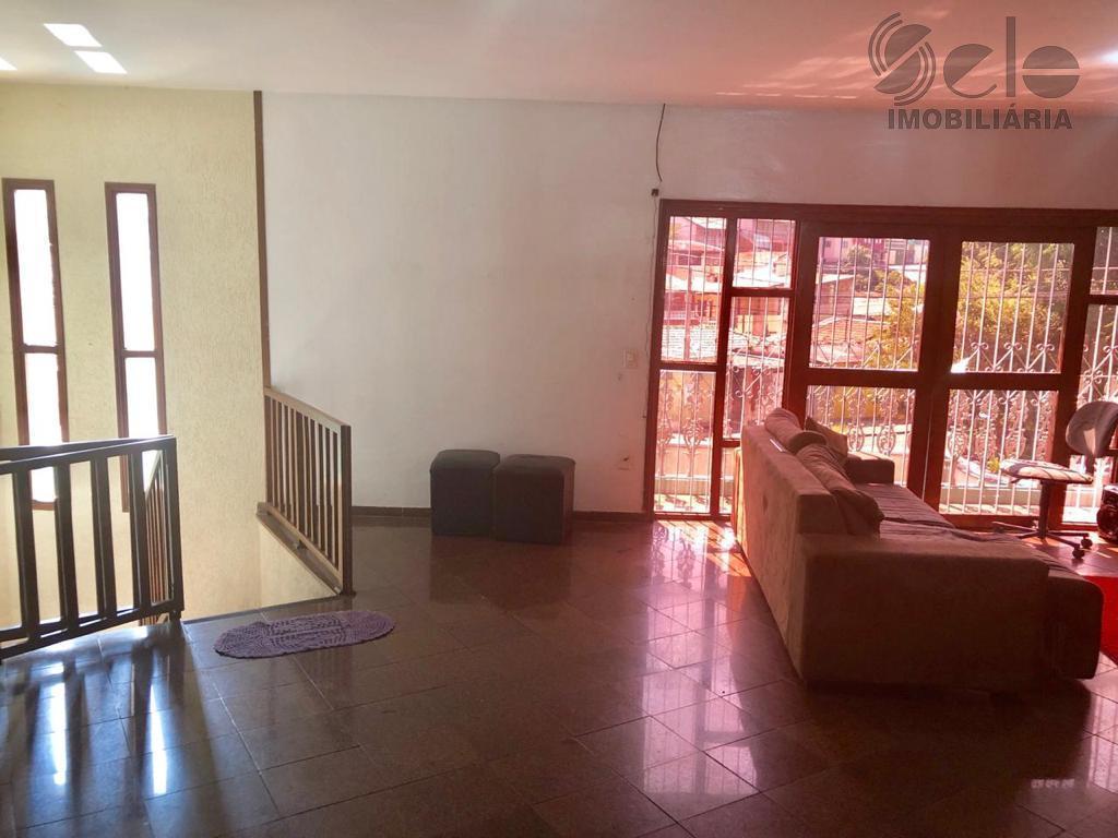 linda casa em bairro nobre de jundiái-sp com 3 dormitórios, sala 2 ambientes, escritório, amplo quintal...