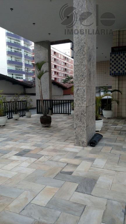 lindo apartamento com vista para praia ,excelente acabamento perfeito estado de conservação,medindo aproximadamente 66 m² todo...