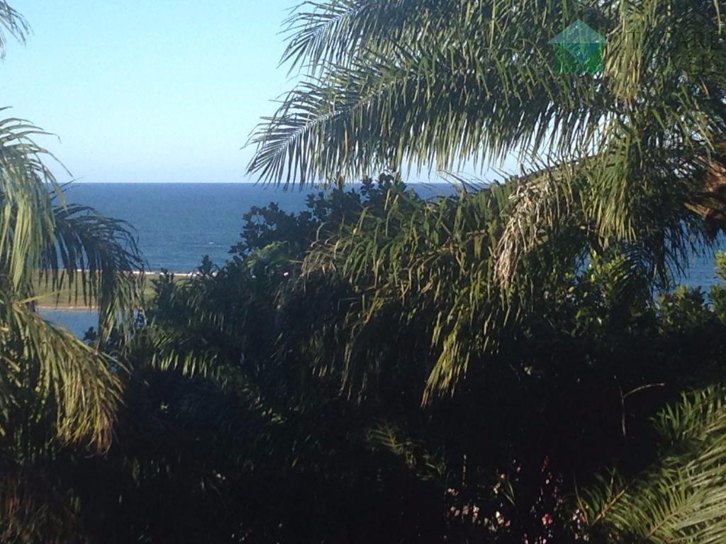 linda vista para o mar. terreno em área central e privilegiada de itacaré, excelente opção para...