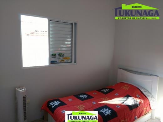 casa asobradada com 3 dormitórios, 1 suíte garagem para 4 carros planejados na cozinha localização privilegiada...