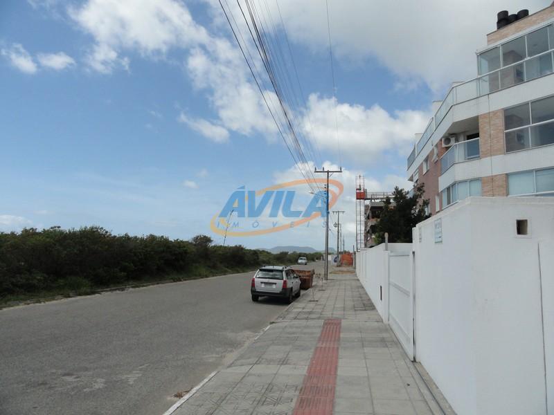 o imóvel está localizado em uma área nobre do novo campeche, em frente ao mar. tem...
