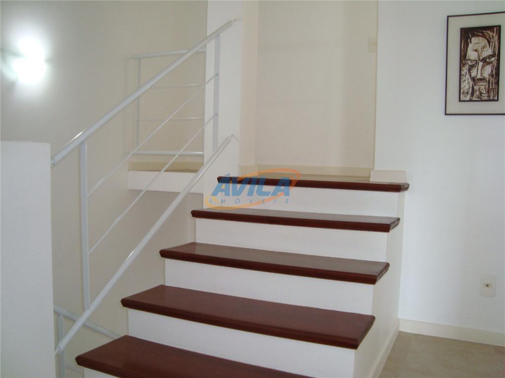 um ótimo apartamento mobiliado de 3 d (2 s). condomínio fechado de apenas 6 unidades. fica...