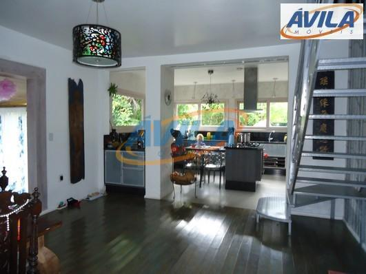 três casas em terreno de 4.795 m2. a 1a casa tem 1 dormitório, sala cozinha e...