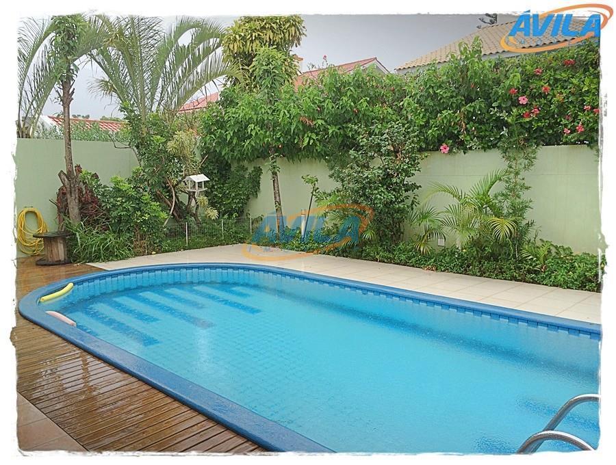 Casa com piscina em local nobre na Lagoa - Florianópolis
