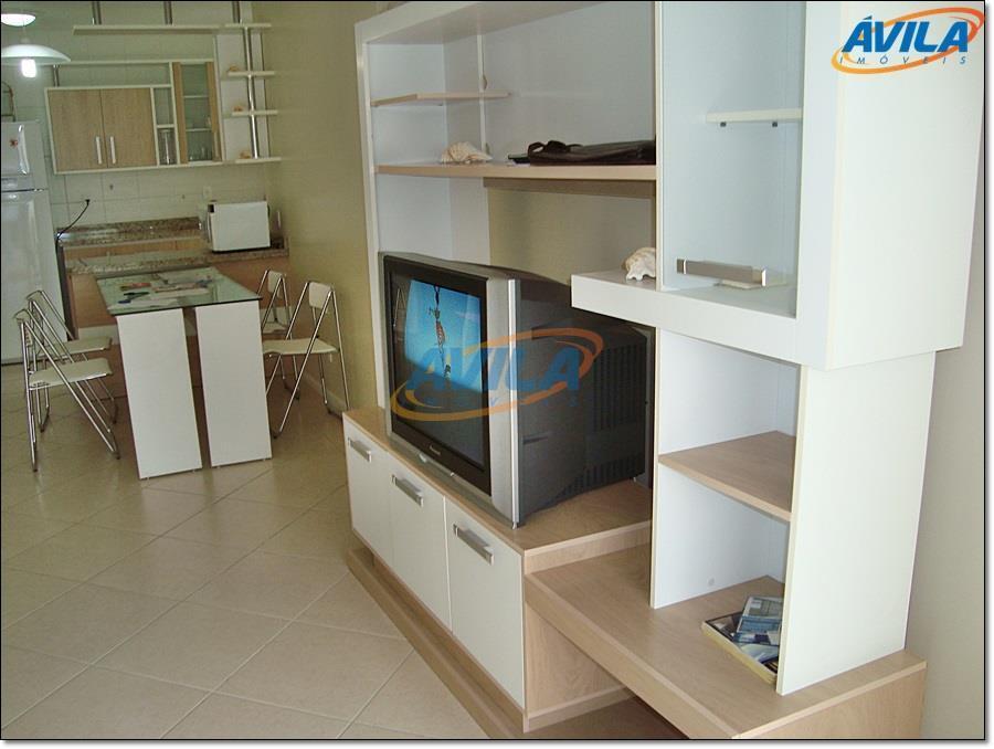 condomínio em rua residencial sem saída. prédio com elevador e salão de festa. dois dormitórios (1...