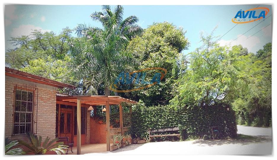 Imóvel comercial bem localizado entre a Lagoa e Campeche