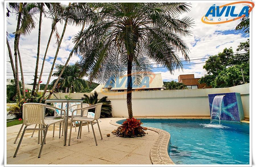 Casa 4 D (2 S) + piscina em local de alto padrão na Lagoa da Conceição, Florianópolis
