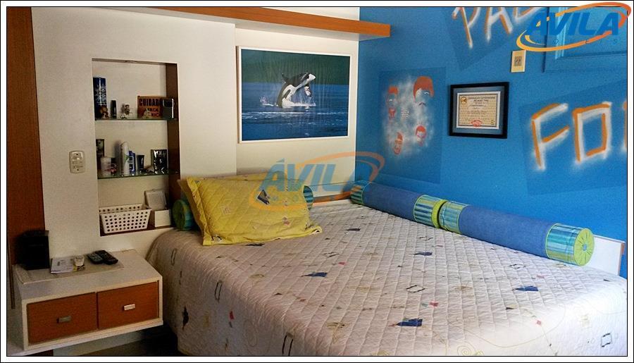 linda casa localizada em loteamento valorizado da lagoa da conceição, próxima a colégio, clube e acesso...