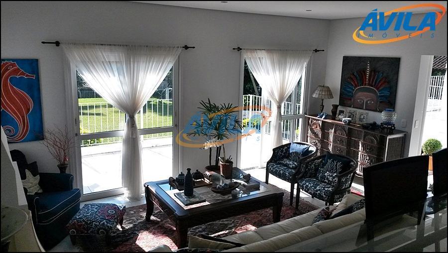 linda casa em condomínio fechado com vista para a lagoa da conceição. imóvel com dois dormitórios...