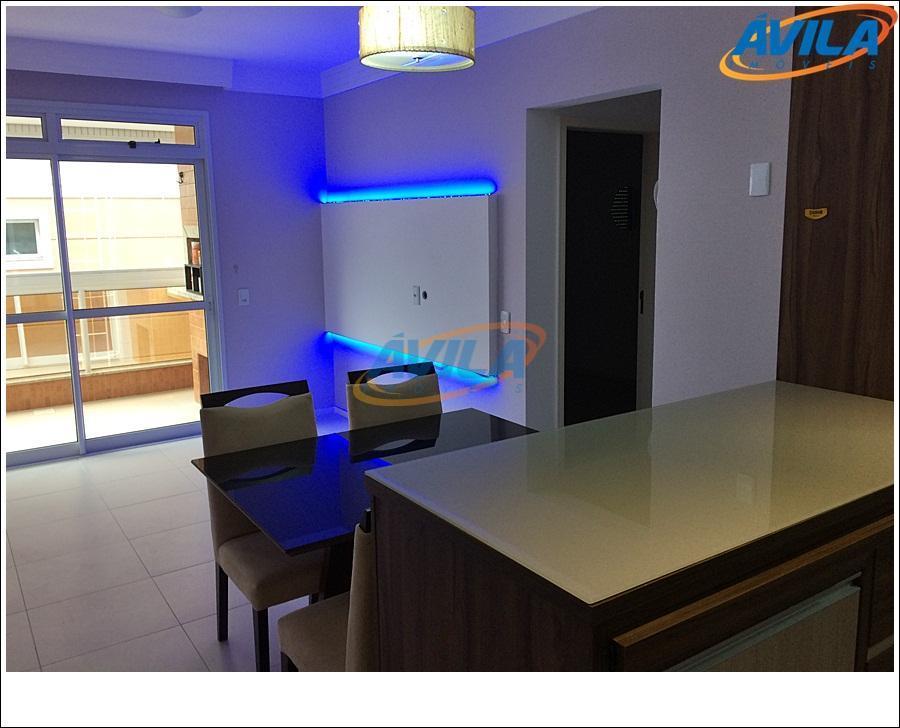 apartamento de bom gosto, semi-novo, com cozinha planejada, sacada com churrasqueira e portaria 24 hs. localização...