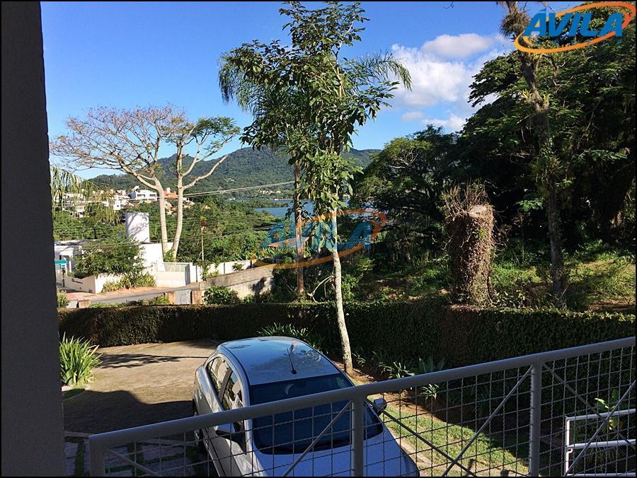 Casa Geminada Locação e Venda na Lagoa, Florianópolis.