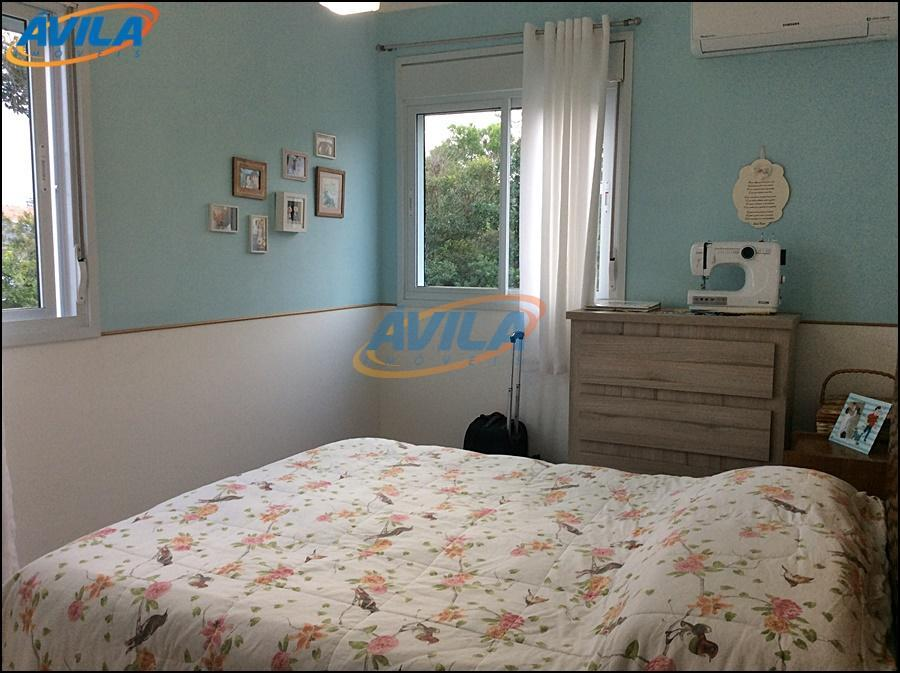 charmoso apartamento de 2 dormitórios, com 1 suíte, sacada com churrasqueira, cozinha lindamente planejada, a quase...