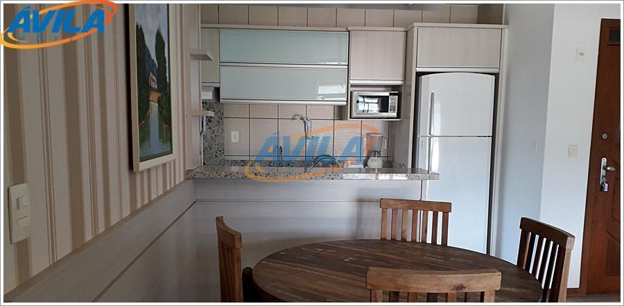 apartamento amplo e claro, com 3 dormitórios, sendo uma suíte, sacada e móveis planejados. 1 vaga...