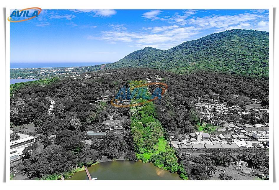 o terreno na beira da lagoa encontra-se em local privilegiado e tranquilo em meio a natureza,...
