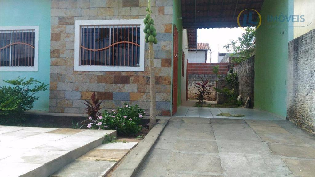 Casa com Piscina no Bosque das Colinas