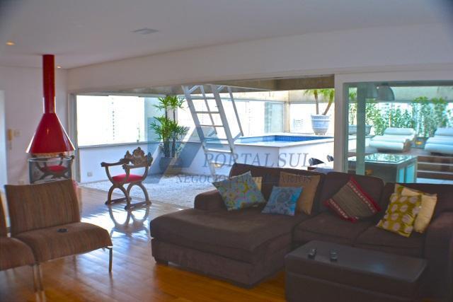 lindo apartamento. triplex decorado e mobiliado, próximo ao shopping jardim sul e fácil acesso a marginal,...