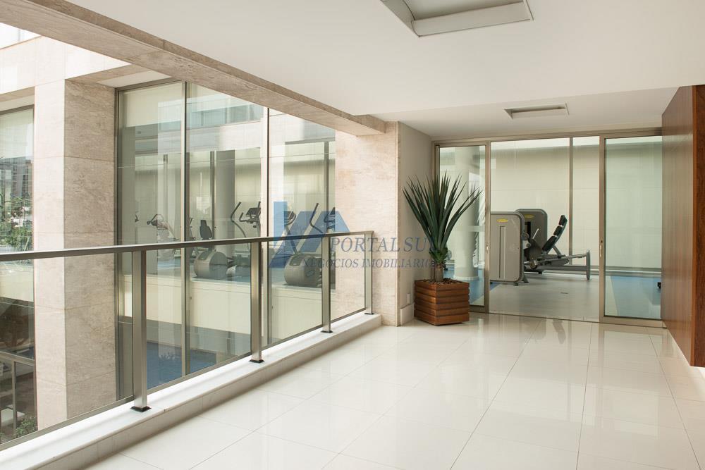 Apartamento exclusivo em edificio moderno