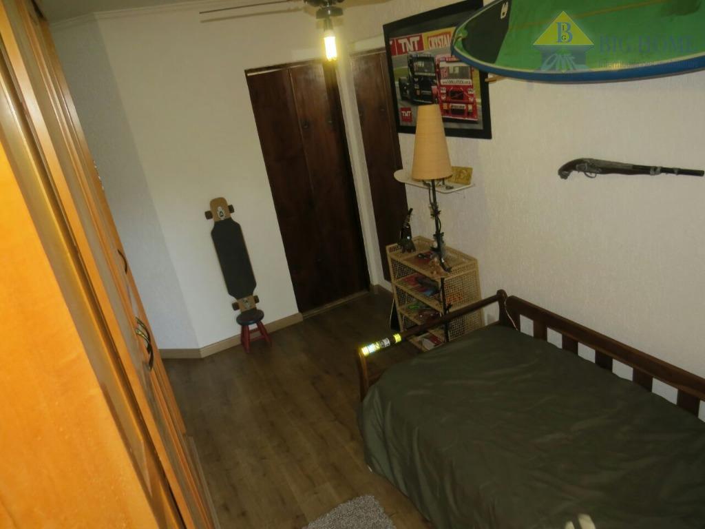 condomínio com segurança 24 horas, quadra futebol, academia, pilates, artesanato, salão de festas. localizada na serra...