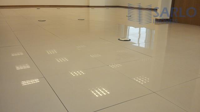 imóvel espetacular e em excelente local de fácil estacionamento. prédio moderno e imponente!!! são 02 salas...