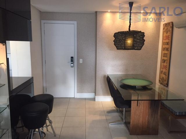 Apartamento residencial à venda, suíte, varanda, lazer, vaga de garagem, Enseada do Suá, Vitória.